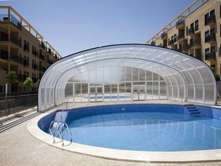 Cubierta de piscina abierta