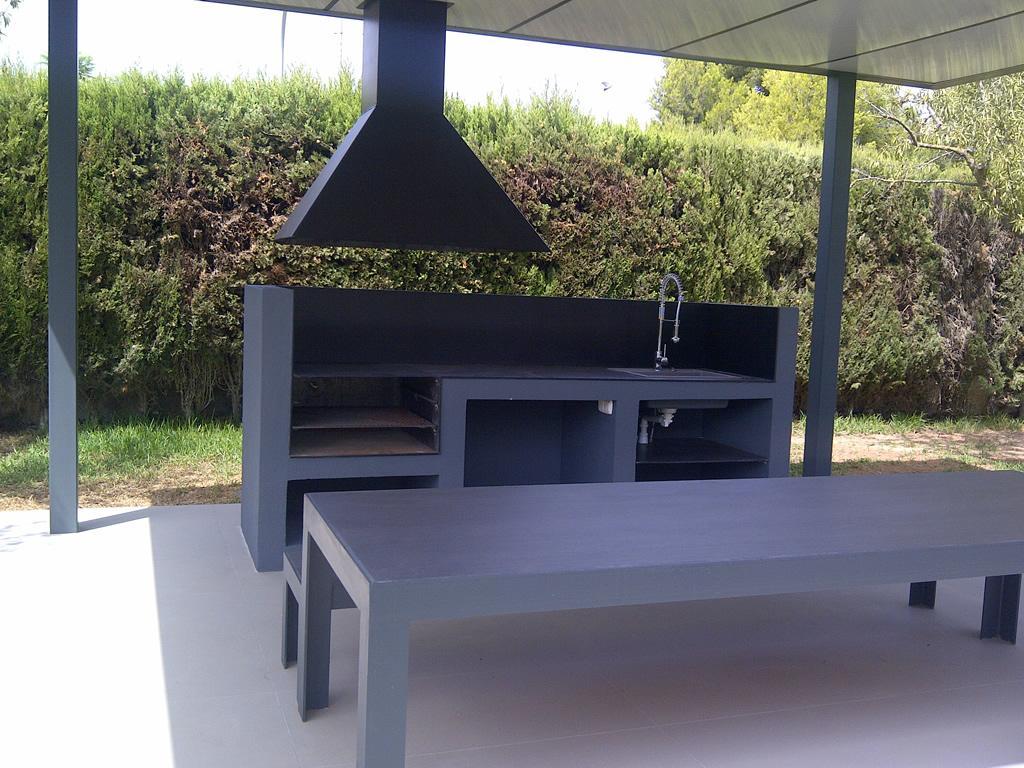 Pergola y barbacoa de dise o espacios y proyectos for Barbacoa piedra volcanica jardin