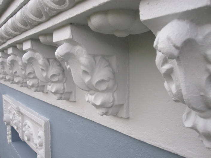 moldura fachada decorativa