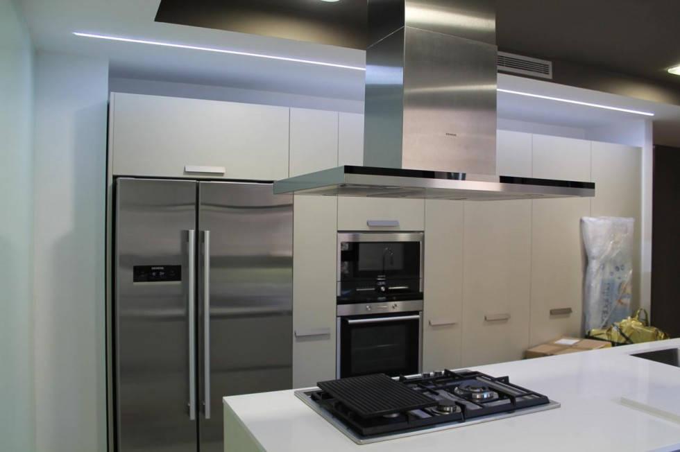 Reforma de piso en valencia zona de cortes valencianas for Reforma integral cocina valencia