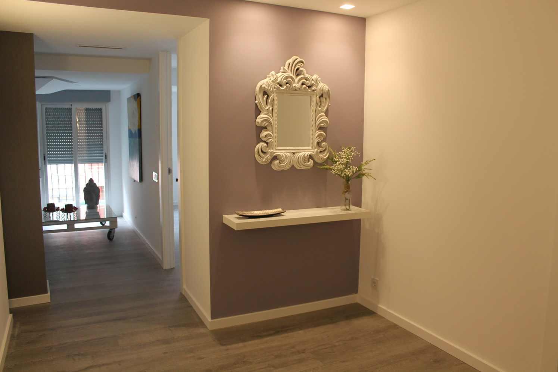 Espejo recibidor espacios y proyectos for Espejos de diseno para recibidor