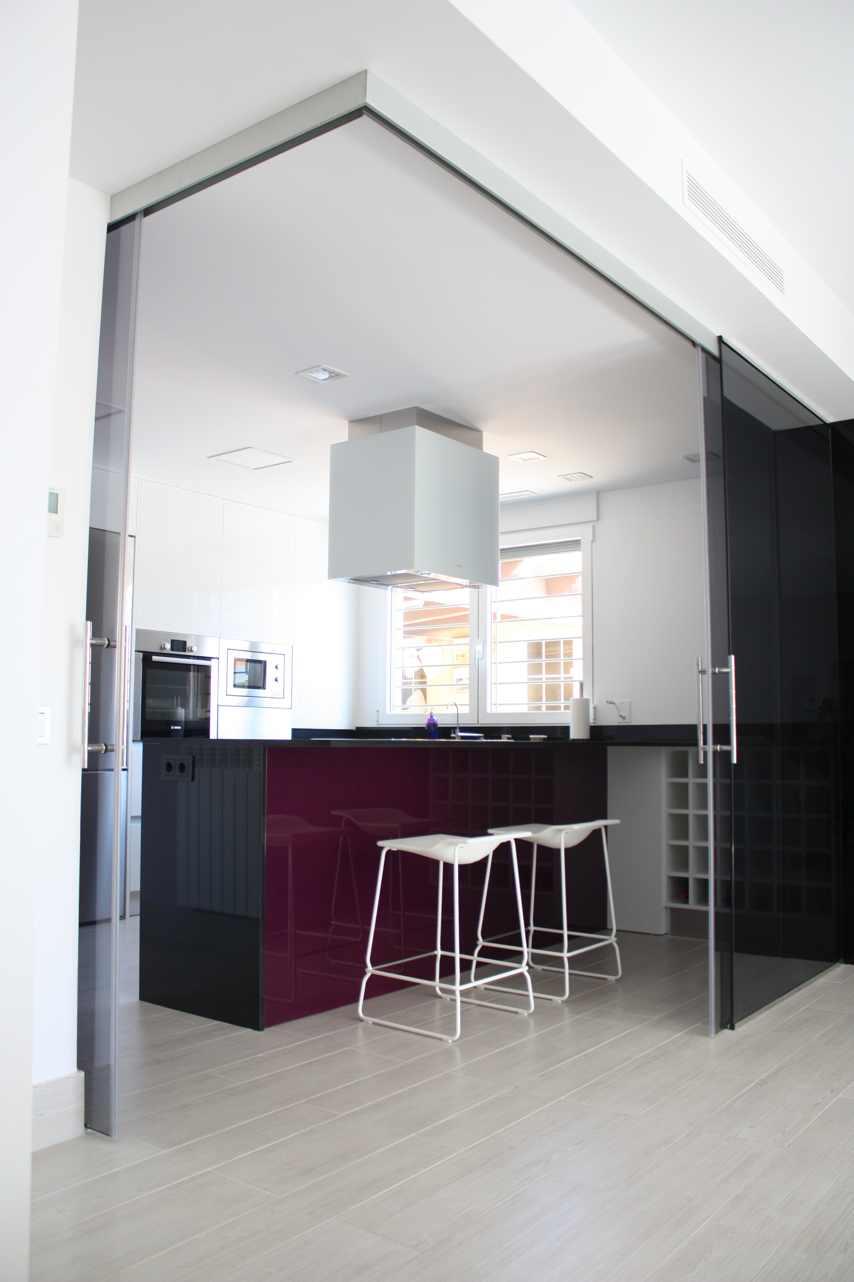 Tipos de campana de cocina espacios y proyectos for Muebles tipo isla para cocina