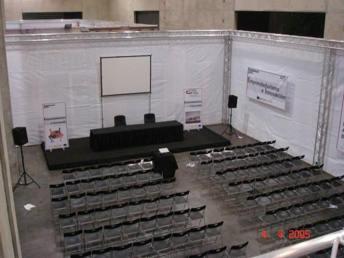 Mobiliario y equipo audiovisual