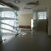 Puerta automática de vidrio